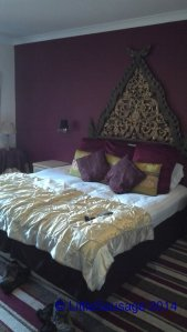 The bedroom in the Highfield Hotel