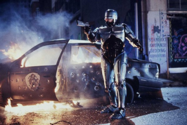RoboCop2_BurningCar