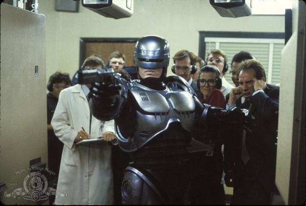 Robo(Cyborg)Cop practices his shooting